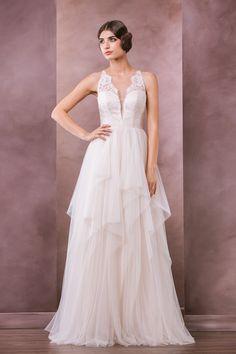 Carissa wedding dress, 2015 Collection, Divine Atelier