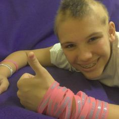 Get this pinning! This girl was diagnosed with alopecia she's just such a positive young lady even while going through this.. Like this page on facebook and even buy a bracelet for 3$ Read about her story on this page- https://www.facebook.com/BrisHopeForACure