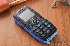 Land Rover B30 điện thoại pin khủng bàn phím nổi lớn phù hợp cho người già