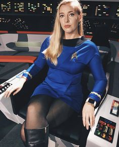 Cosplay Outfits, Cosplay Costumes, Star Trek Outfits, Star Trek Rpg, Short Skirts, Mini Skirts, Star Trek Cosplay, Star Trek Images, Skirts With Boots