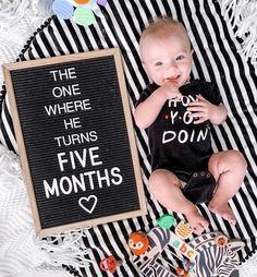 Monthly Baby Photos, Baby Monthly Milestones, 2 Month Old Baby, Milestone Pictures, Baby Letters, Baby Boy Pictures, Foto Baby, Baby Kind, Baby Baby