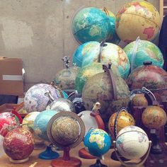 Always love to see globe collections! This one spotted in Paris by 🌎💕 What do you collect? Globe Art, Map Globe, Vintage Globe, Vintage Maps, World Globes, Old Maps, We Are The World, Displaying Collections, Trinket Boxes