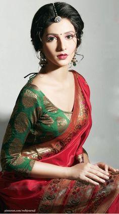 "08b8baf8093a5585fe417115ab596df3.jpg (568×1018) [    ""Subhasree Ganguly. So Pretty: Benarasi Blouse, Maang Tikka, Earrings,.."",    ""Paithani saree n brocade blouse..good choice 4 a friend"