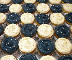 I want blue velvet and vanilla cupcakes with white icing on the blue cupcakes with navy dots and the opposite on the white cupcakes :), via Flickr