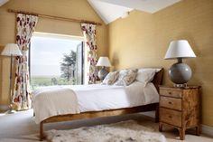 Coastal Holiday Home, Master Bedroom. By Cotton Tree Interiors UK