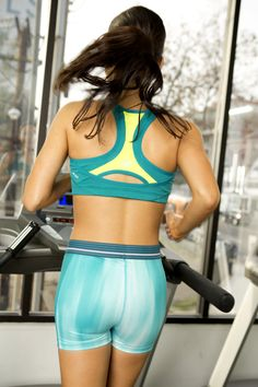 Use your treadmill time to fight belly fat while torching calories! This interval run is only 30-minutes.