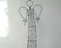 Ein weiterer Draht Engel Skulptur In Blue