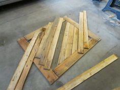 How to create wall art for cheap using wood pallets