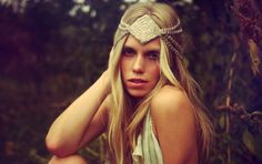 Unique Headpieces by Little Doe For Bohemian Brides | Bridal Musings