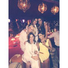 """""""Spice Girls in Marrakech! ✌️✈️ #spicegirls #spiceworld #MelanieC #VictoriaBeckham #EmmaBunton #GeriHalliwell #DB40 #DavidBeckham #Birthday…"""""""