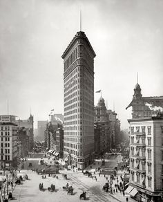 "New York circa 1905. ""Flatiron Building, Broadway and Fifth Avenue."""