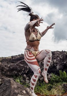"""En la jornada del """"Koro Nui Tupuna"""" se recrean manifestaciones de carácter artístico, deportivo y cultural que permiten reconstruir el pasado Rapa Nui.,"""