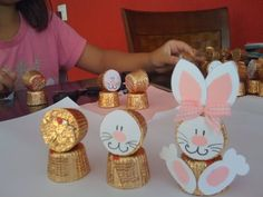 Easter Bunny Chocolate!    Coisinhas*Outras: Coelhos com chocolate Alpino