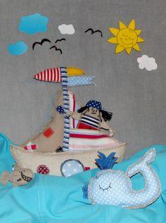 Škuner s piátem, Piratenschiff, pirate boat sewn toys