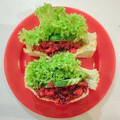 Chicken char siew toastwich at Ya Kun    #sgeats #sgfood #sgcoffeeshop #yakunsingapore #yakunkayatoast #ordinarypatrons