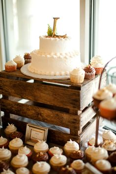 Cheerful Fall Wedding by Katelyn James Photography « Southern Weddings Magazine  This looks amazing.  I love the simplicity.  I also like the idea of a small cake surrounded by cupcakes