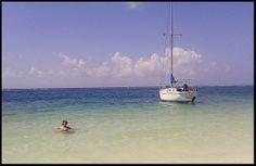 Puerto Morelos - Mexico  Uno de los mejores lugares del mundo para relajarse y disfrutar de la belleza de la naturaleza.