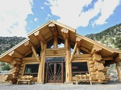 Handcrafted Log Home: Anderson Handcut Diy Log Cabin, Log Cabin Living, Cabin Style Homes, Log Cabin Homes, Log Cabins, Garden Huts, Timber Logs, Colorado Homes, Colorado Usa