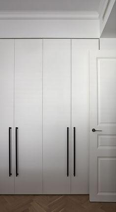 the best ikea pax hacks we 39 ve seen so far bahnhof 23. Black Bedroom Furniture Sets. Home Design Ideas