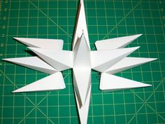 Complete instructions on how to make paper Moravian Stars. Learn how to design a moravian star pattern. Six paper star craft projects included.