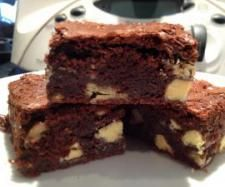 Thermomix brownies  http://www.recipecommunity.com.au/recipes/ultimate-chocolate-brownie/52185