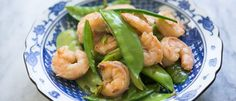 Spicy Garlic Shrimp, Snow Peas And Ginger Stir-Fry @ Bamboo Core Fitness http://bamboocorefitness.com/spicy-shrimp-snow-peas-and-ginger-stir-fry/