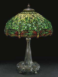 "TIFFANY STUDIOS ""HANGING HEAD DRAGONFLY"" TABLE LAMP circa 1910"