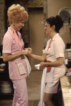 Polly Holliday as 'Florence Jean 'Flo' Castleberry' & Linda Lavin as 'Alice Hyatt' in Alice (1976-85, CBS)