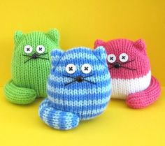 Quick and Easy Cats Knitting pattern by Amalia Samios Easy Knitting, Knitting For Beginners, Loom Knitting, Knitting Patterns Free, Knit Patterns, Knitting Needles, Knitting Toys, Fun Patterns, Knitted Owl