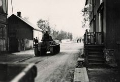 Carro francese Hotchkiss a Narvik, Norvegia, 1940 Narvik, Sands, Ww2, Norway, England, Europe, French, History, Earth