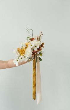 Romantic Style Inspiration for the Modern, Minimalist Bride Romantic Style Inspiration for the Modern, Minimalist Bride Bride Bouquets, Bridesmaid Bouquet, Floral Bouquets, Bridesmaids, Yellow Wedding, Floral Wedding, Wedding Flower Inspiration, Style Inspiration, Bridal Flowers