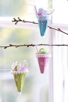 Dekoration für den Osterstrauch, Ostedeko / easter decoration, gift cones, spring decoration made by Annette Diepolder via DaWanda.com