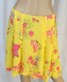 """Q.U.E"" 100% SILK YELLOW BEADED SKIRT - PLEASE SEE ALL PICTURES #QUE #PLEASESEEALLPICTURES"