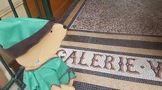 Robin des Bois, en ville – Si Tu Veux (Jouer) Galerie Vivienne, Jouer, Messenger Bag, Satchel, Bags, Robin Hoods, City, Handbags, Crossbody Bag