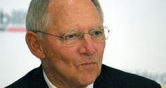 Deutschland bleibt aber auch gar nichts erspart. Schäuble hat doch tatsächlich vor, bei den Bundestagswahlen 2017 wieder in seinem Wahlkreis anzutreten. Seit 44 Jahren ist Schäuble Mitglied des deutschen Bundestags.