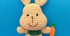CABEZA Y CUERPO: Comenzamos en color marrón. Ronda 1: 6pb en un anillo mágico (6) Ronda 2: 6 aum (12) Ronda 3: [Pb , aum] (18) Rond... Patron Crochet, Tweety, Free Pattern, Rabbit, Crochet Patterns, Crochet Hats, Character, Tutorials, Bunny