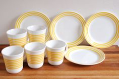 Your place to buy and sell all things handmade Corelle Ware, Corelle Dishes, New Kitchen, Kitchen Ideas, Corelle Patterns, Vintage Dishes, Yellow Stripes, Pyrex, Dinnerware