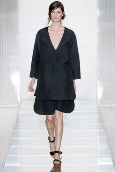 Marni Spring 2013 Ready-to-Wear Fashion Show - Marie Piovesan