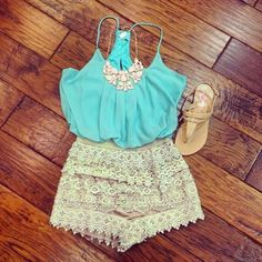 Gorgeous lace skirt with turquoise blue blouse and light brown ladies shoes and awesome necklace the best summer outfits