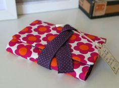 Taschenkalender - RETRO BLUME ROT - Organizer/Kalenderhülle DIN A6 - ein Designerstück von miss-kornblume bei DaWanda