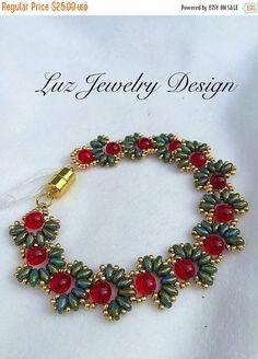 Clearance Beadwork Bracelet, super duo bracelet, flower beaded bracelet, Green super duo bracelet
