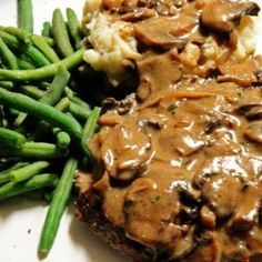 Create a delicious steak masterpiece with a savory gravy