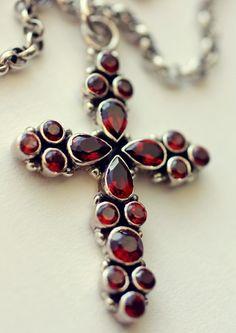 Beautiful Garnet Silver Cross Genuine Natural by silverishmoon Garnet Jewelry, Gems Jewelry, Silver Jewelry, Silver Ring, Jewellery, Victorian Jewelry, Antique Jewelry, Vintage Jewelry, Southwest Jewelry
