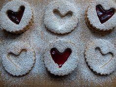Linzer Biscuits - World Food Tour