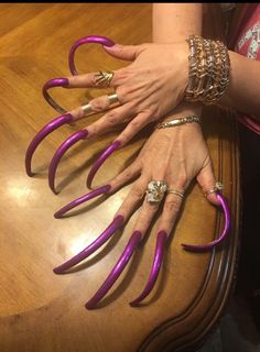 Image may contain: one or more people Sexy Nails, Toe Nails, Purple Manicure, Long Fingernails, Curved Nails, Long Acrylic Nails, Dream Nails, Artificial Nails, Perfect Nails