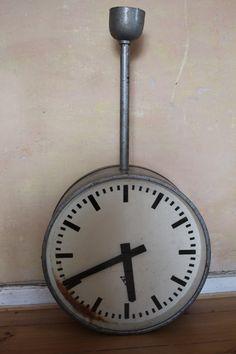 zegar dworcowy - Marigold