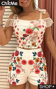 New Screen Printing Fashion Shops Ideas Shirt Logo Design, Suits For Women, Clothes For Women, Two Piece Dress, Cute Summer Outfits, Lace Tops, Pattern Fashion, Couture, Sleeve Styles