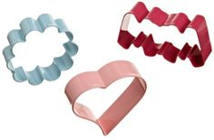 Wilton Mother's Day Cookie Cutter Set, 3-Piece : Amazon.com : Kitchen & Dining