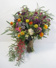 Rustic and natural inspired bridal bouquet by Calgary Florist Dahlia Floral Design