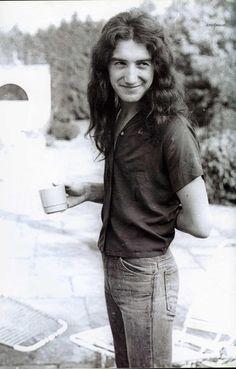 RIDGE FARM - Photoby Chris Walter.Summer-Autumn 1975.